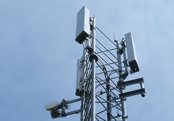 Telecoms Lattice Towers monopoles