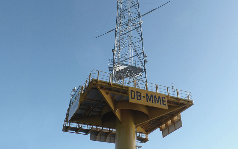 Offshore and Onshore Meterorological Masts
